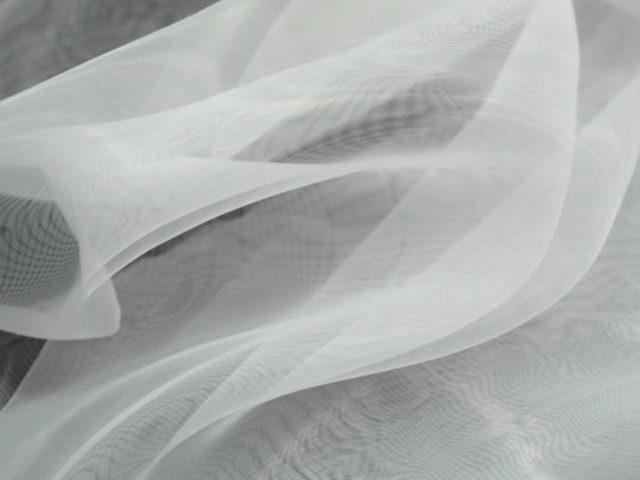 Нежная воздушность прозрачных тканей